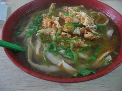 eating noodles (3)