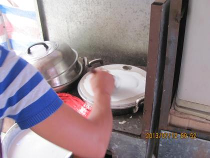 pouring rice batter